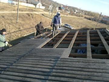 как перекрыть крышу профнастилом после шифера