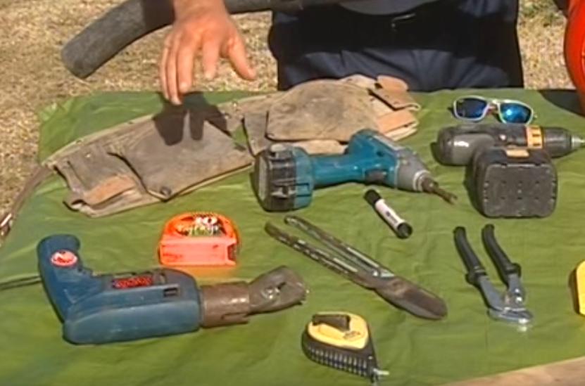 Какие инструменты нужны для утепления прфлиста