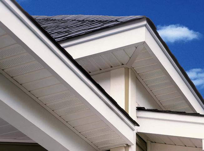 отделка крыши софитом