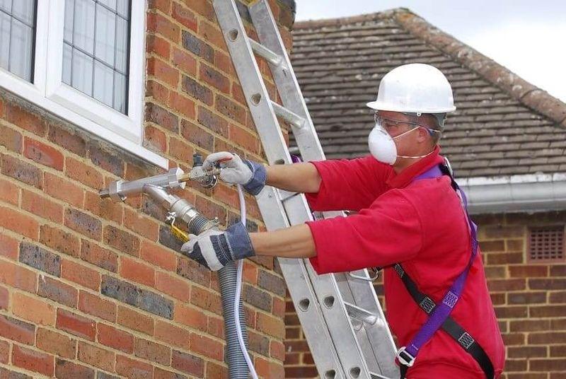 Утепление стен кирпичного дома используя жидкий пенополиуретан (ППУ)