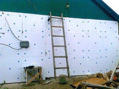 Стена, утепленная пенопластом