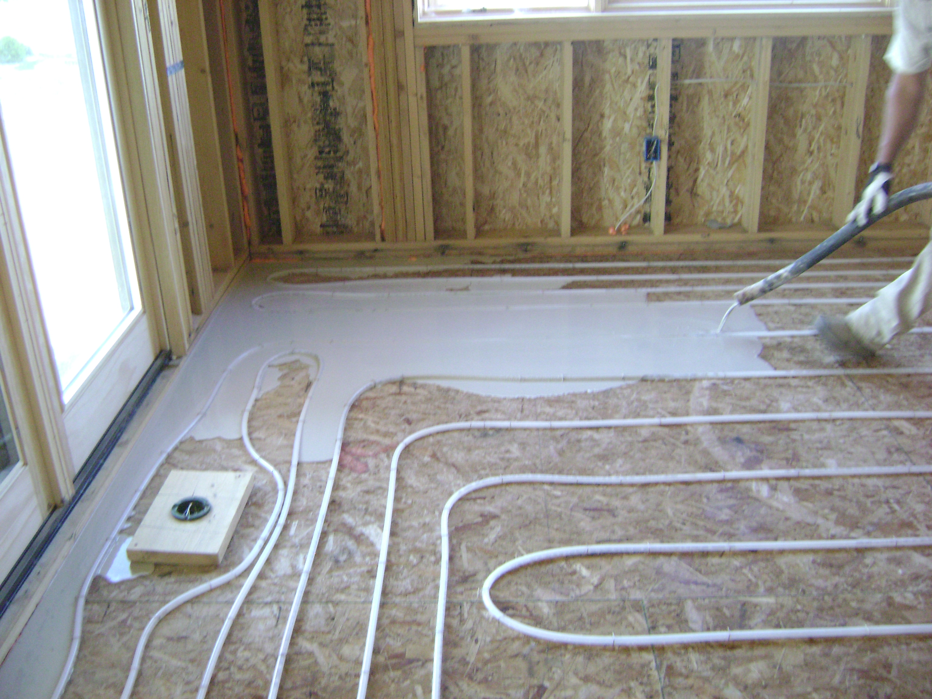 Как сделать водяные тёплые полы в деревянном доме своими руками фото 336