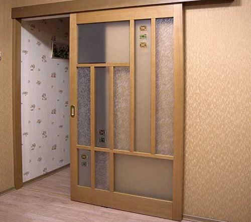 Kak-ustanovit-razdvizhnye-stekljannye-dveri-svoimi-rukami11.jpg