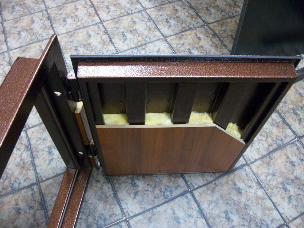 Изготавливаем металлическую дверь своими руками фото 205