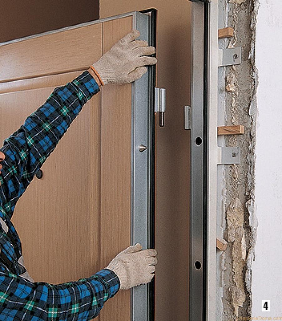 Shumoizoljatsija-vhodnoj-dveri-svoimi-rukami6.jpg