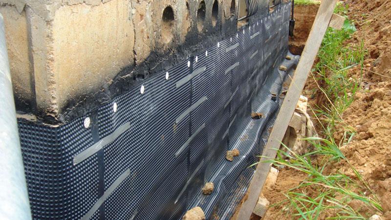 Как защититься от воды: современные гидроизоляционные материалы и особенности их использования